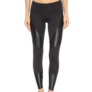 KORAL ACTIVEWEAR Forge Glossy Leggings Small NEW